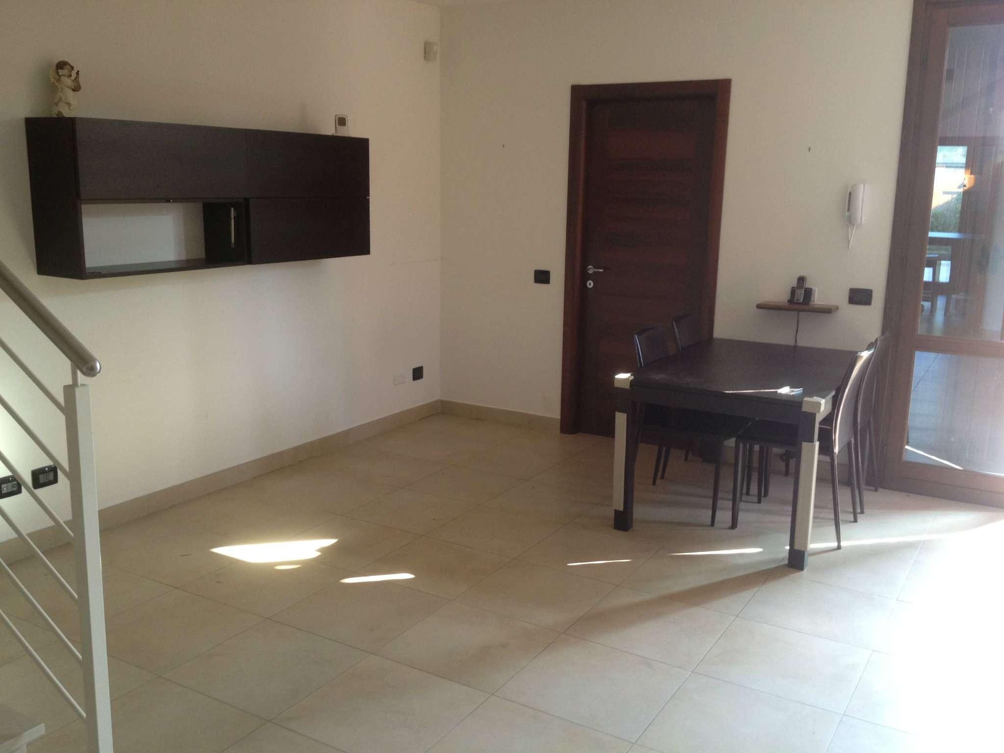 Soluzione Indipendente in affitto a Boretto, 5 locali, prezzo € 600 | Cambio Casa.it