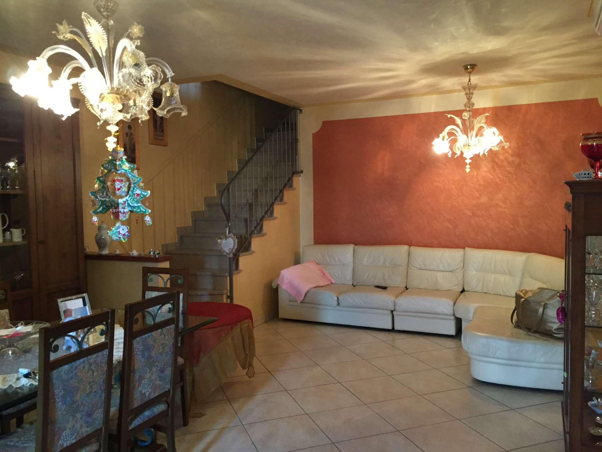 Soluzione Indipendente in affitto a Casalmaggiore, 4 locali, prezzo € 700 | Cambio Casa.it