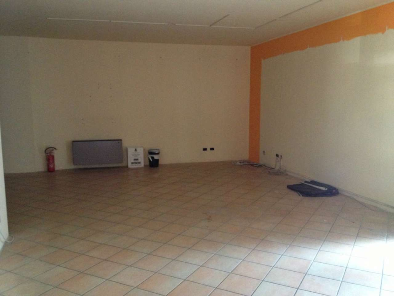 Negozio / Locale in affitto a Viadana, 2 locali, prezzo € 600 | Cambio Casa.it