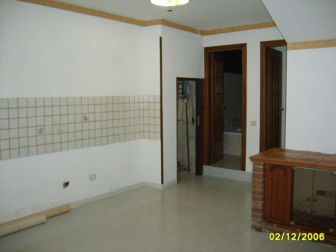 Soluzione Indipendente in affitto a Dosolo, 4 locali, prezzo € 500 | Cambio Casa.it