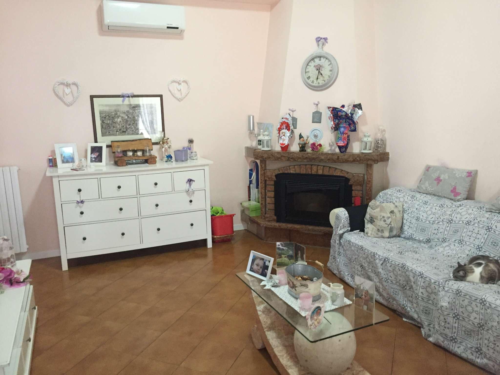 Appartamento in vendita a Boretto, 3 locali, prezzo € 110.000 | CambioCasa.it