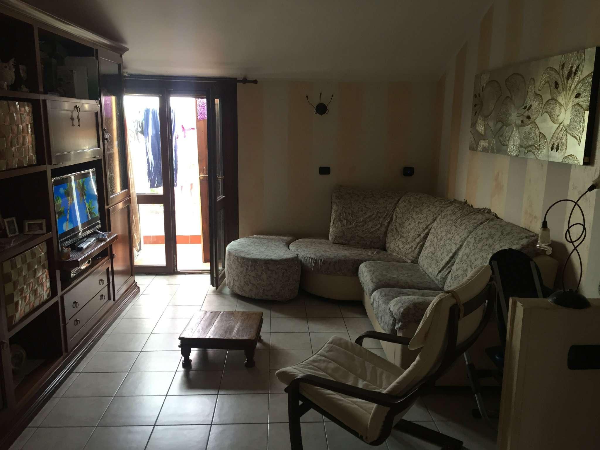 Appartamento in vendita a Castelnovo di Sotto, 3 locali, prezzo € 120.000 | Cambio Casa.it