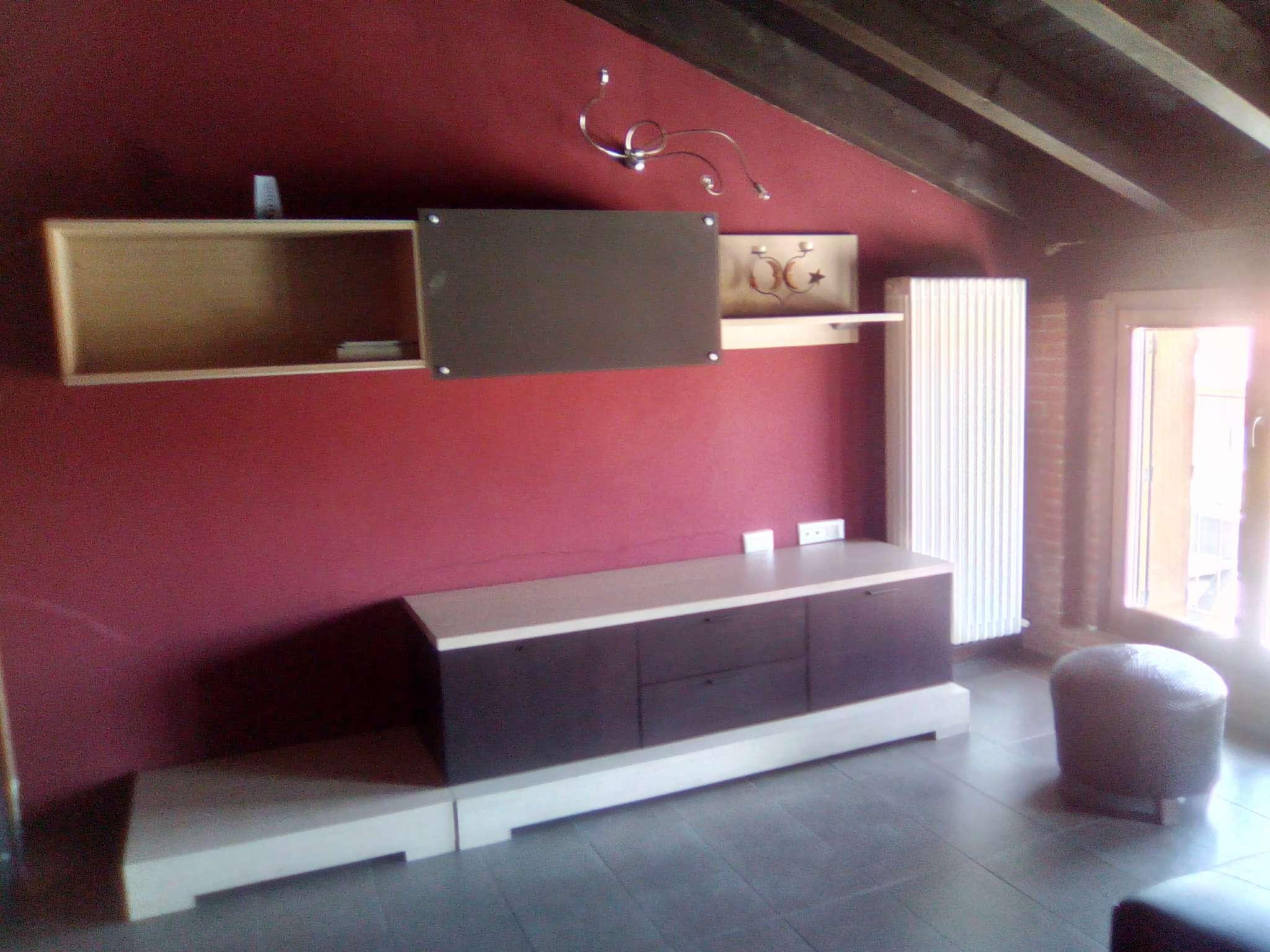 Appartamento in affitto a Viadana, 1 locali, prezzo € 400   CambioCasa.it