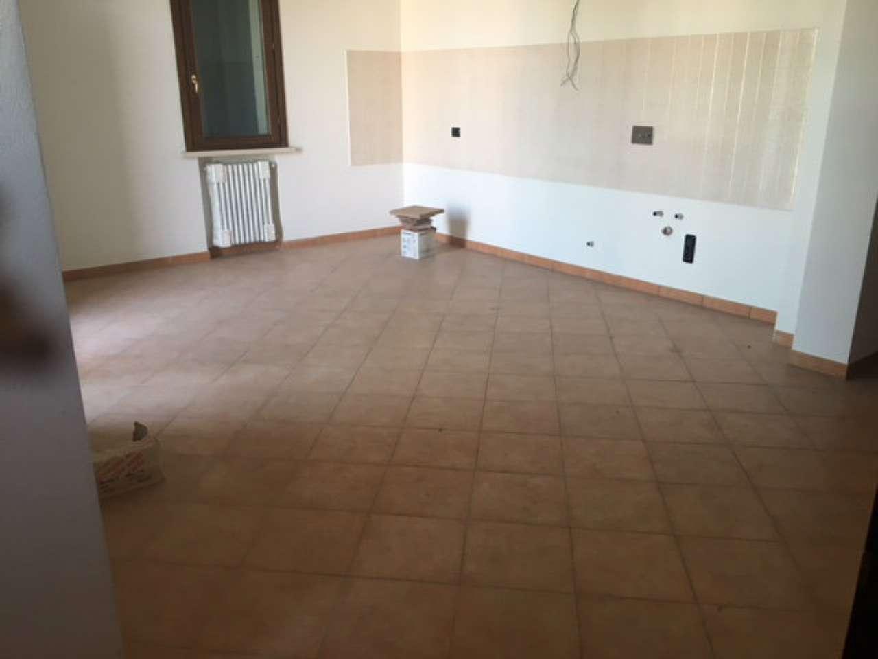 Appartamento in affitto a Casalmaggiore, 3 locali, prezzo € 450 | CambioCasa.it
