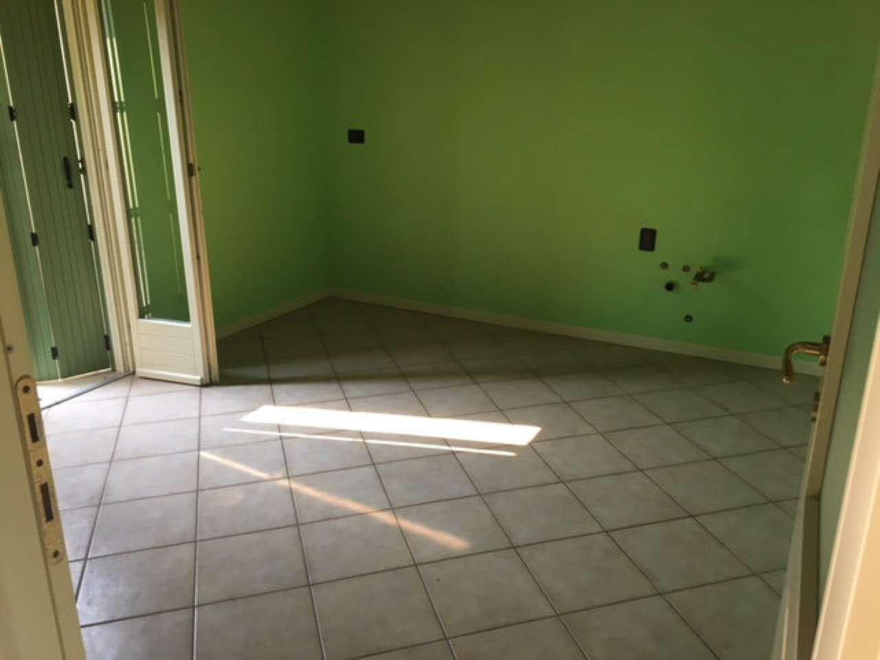 Appartamento in affitto a Viadana, 3 locali, prezzo € 500 | CambioCasa.it