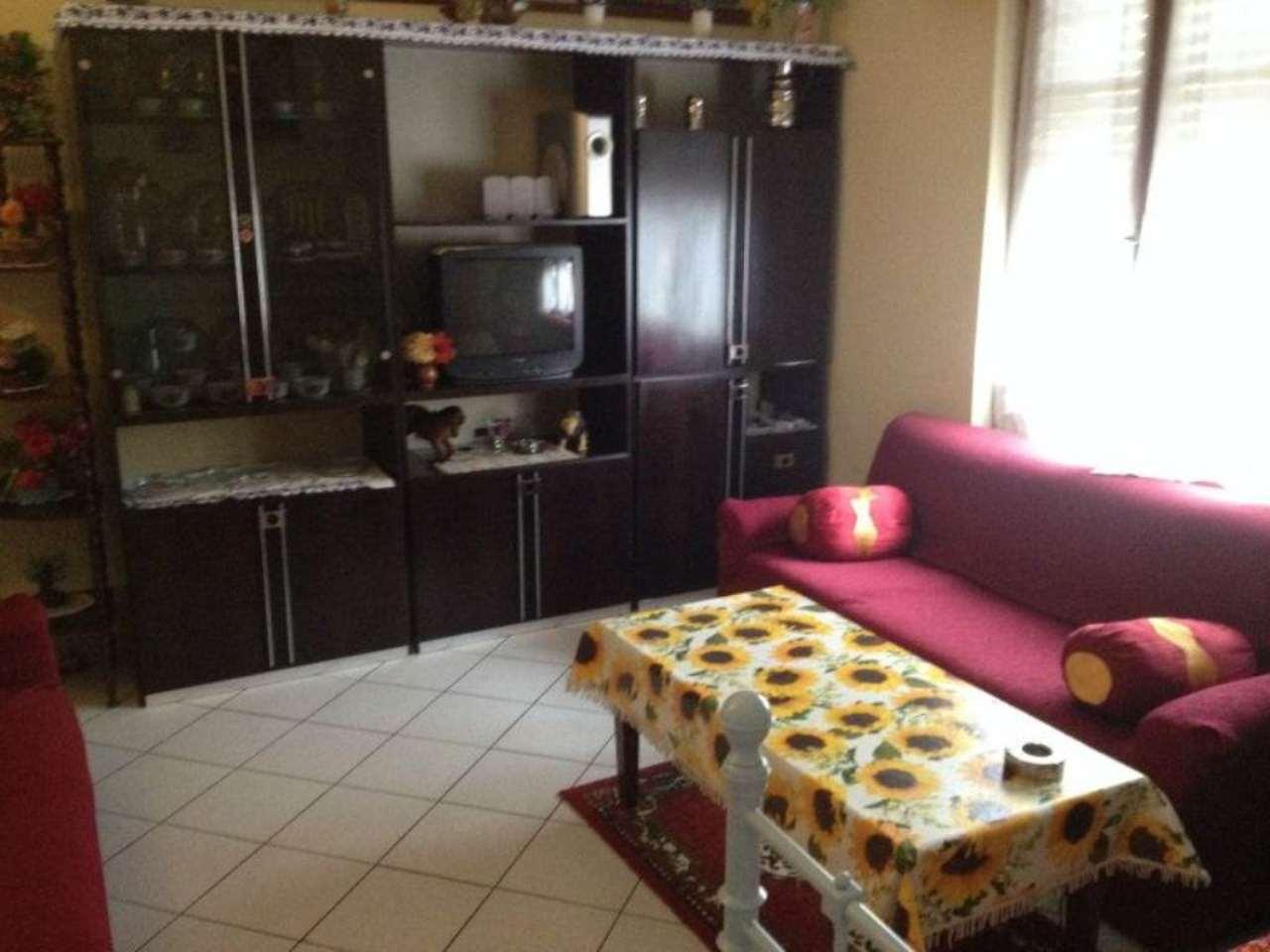 Appartamento in vendita a Viadana, 6 locali, prezzo € 130.000 | Cambio Casa.it