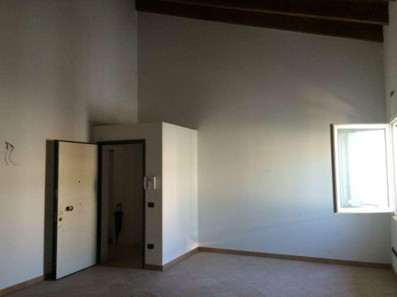 Appartamento in vendita a Viadana, 3 locali, prezzo € 130.000 | Cambio Casa.it