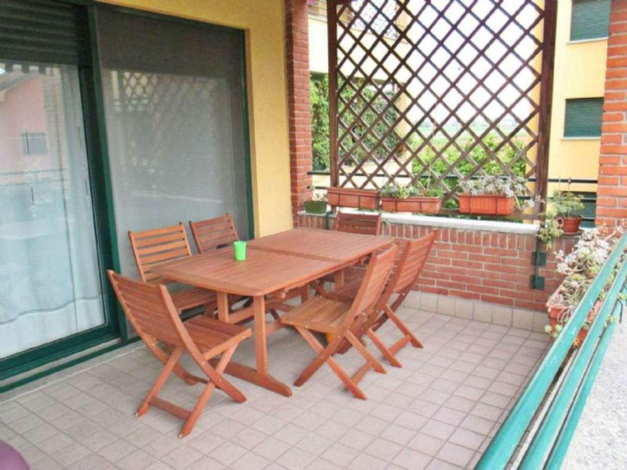 Appartamento in vendita a Saronno, 3 locali, prezzo € 178.000 | Cambio Casa.it