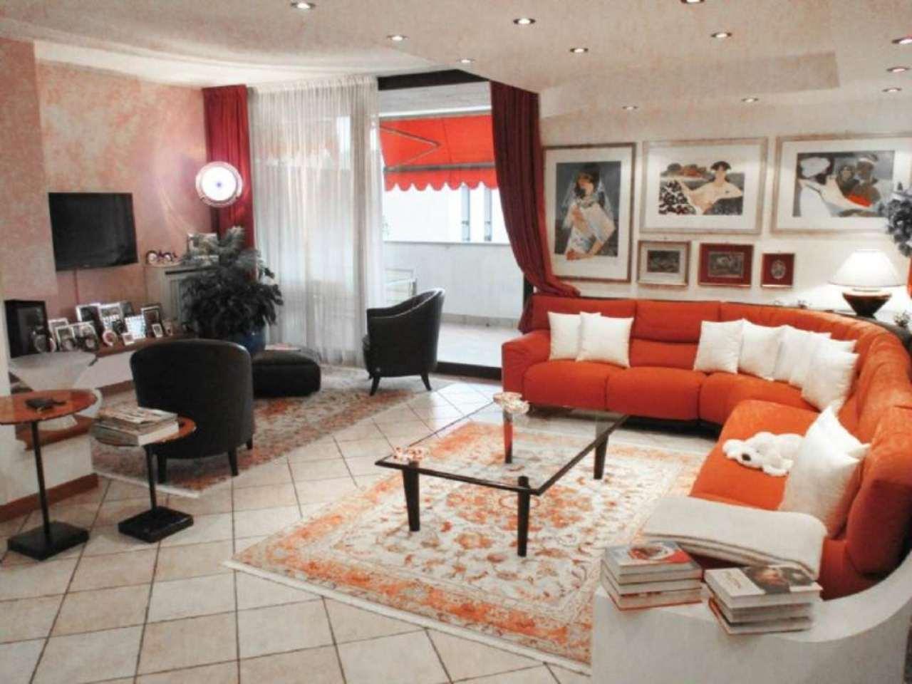 Casa saronno appartamenti e case in vendita for Case in vendita saronno
