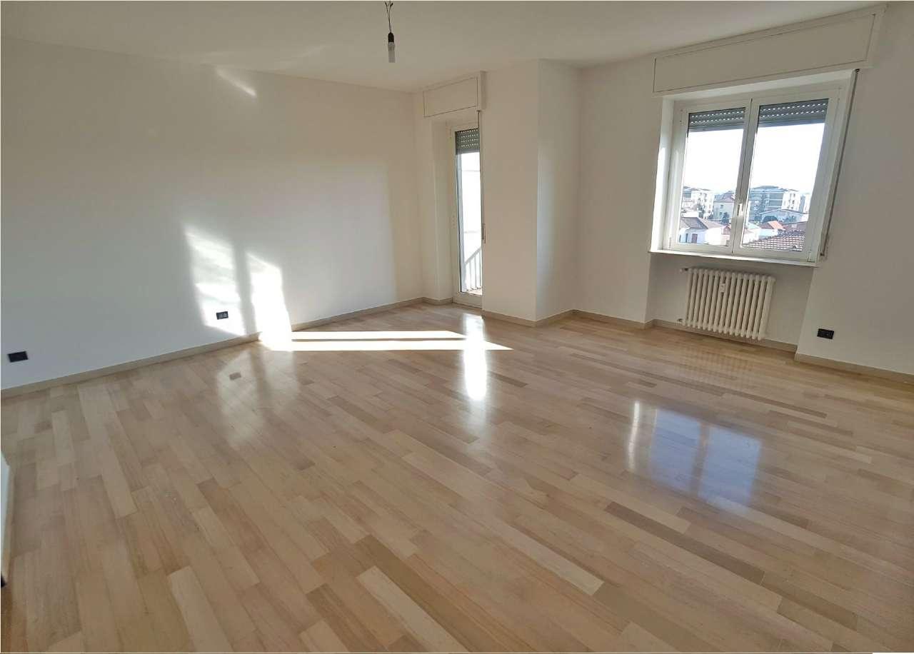 Appartamento in Vendita a Saronno