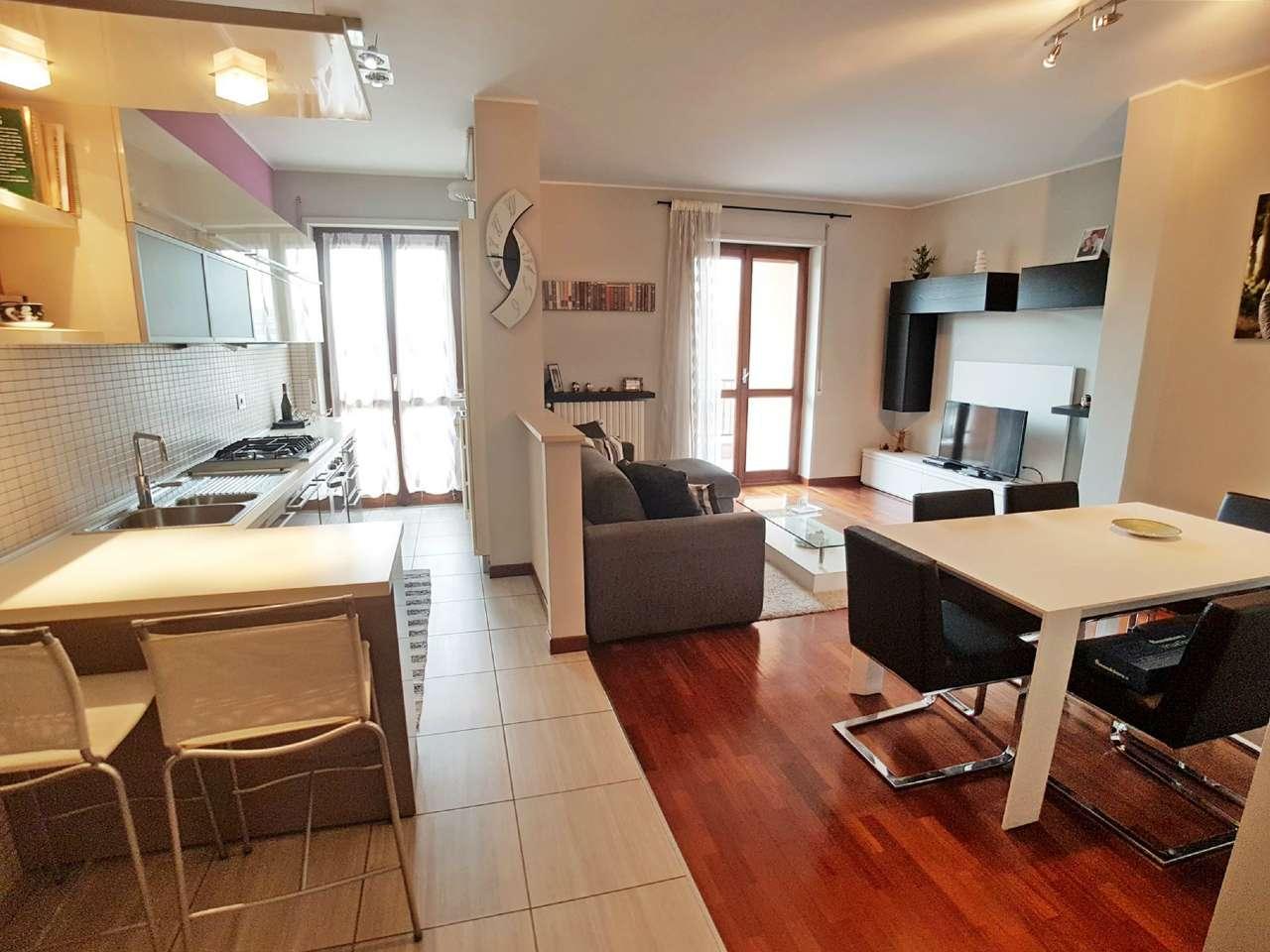 Appartamento in vendita a Saronno, 2 locali, prezzo € 150.000 | Cambio Casa.it