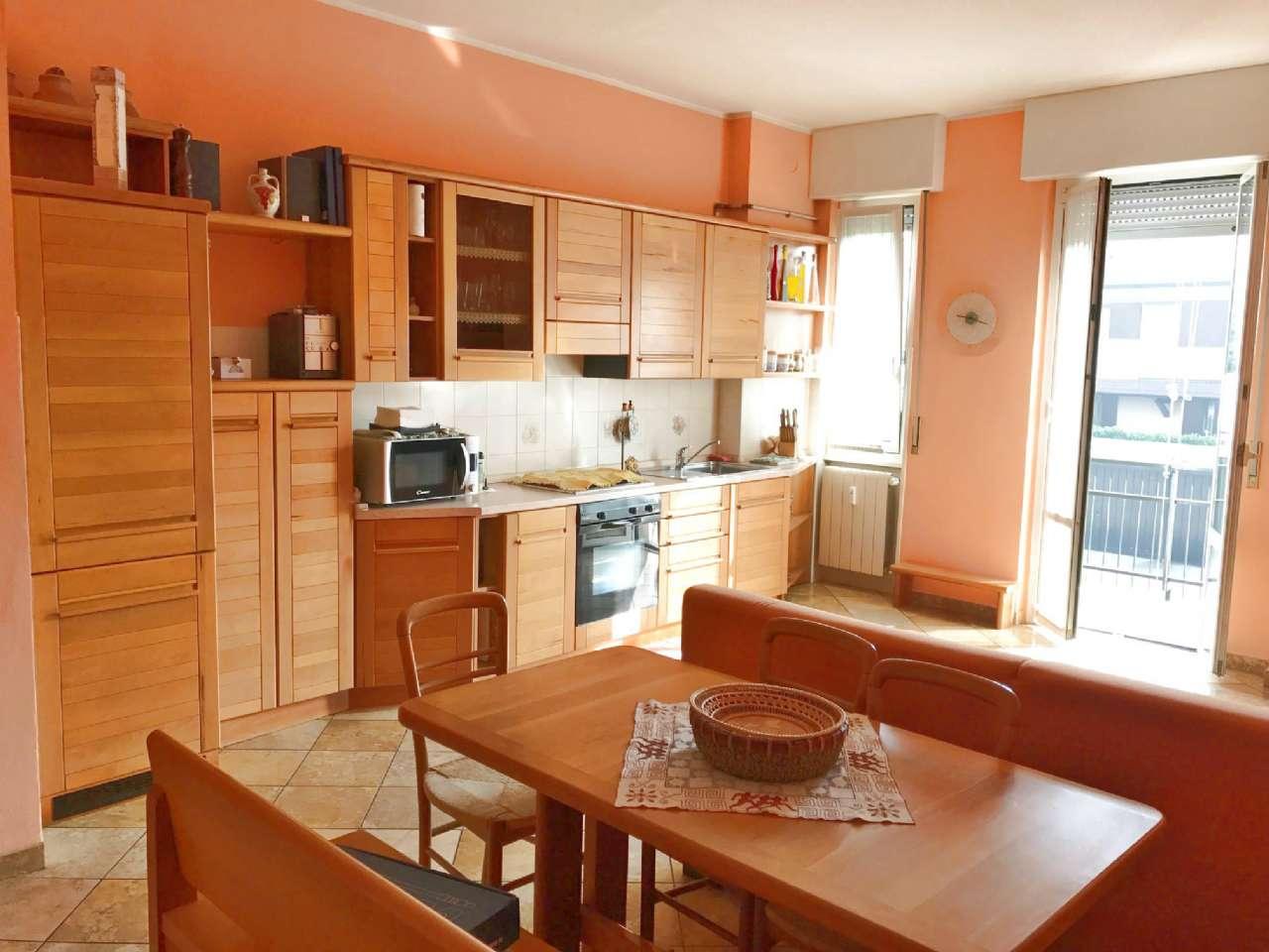 Appartamento in vendita a Garbagnate Milanese, 3 locali, prezzo € 168.000 | Cambio Casa.it