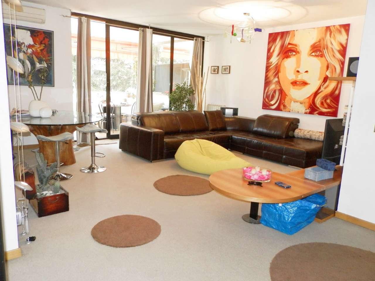 Appartamento in vendita a Saronno, 4 locali, prezzo € 198.000 | CambioCasa.it