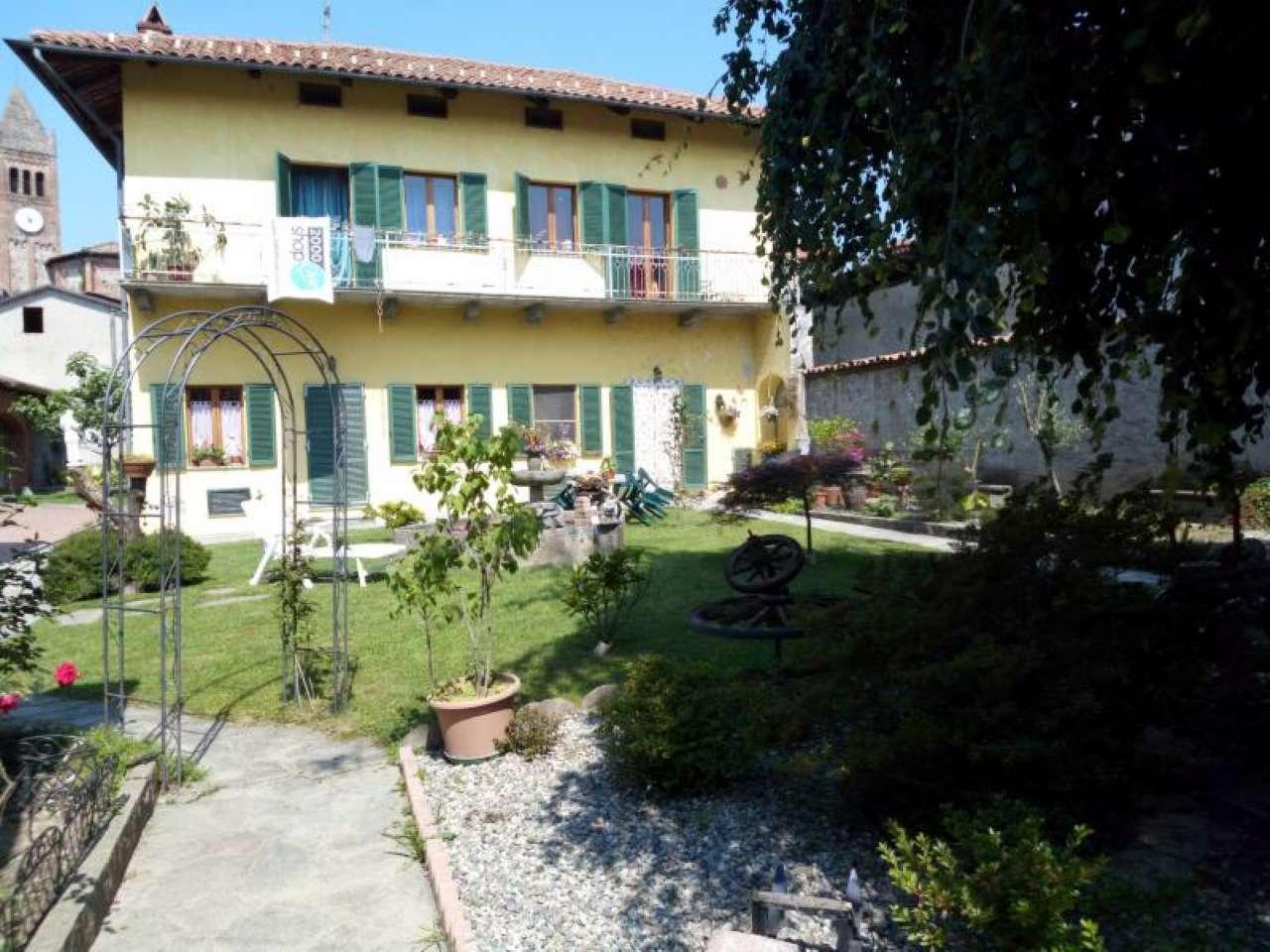 Foto 1 di Casa indipendente Borgomasino