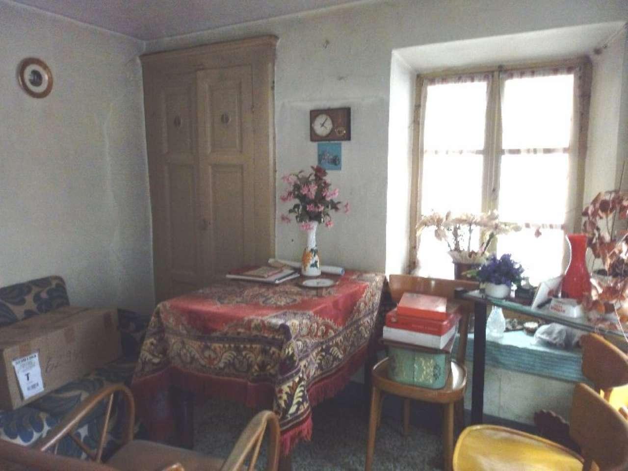 Foto 1 di Casa indipendente frazione Montestrutto, Settimo Vittone