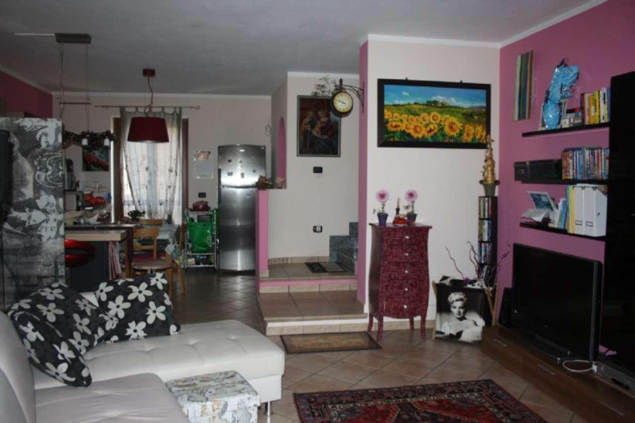 Appartamento in vendita a Cherasco, 5 locali, prezzo € 140.000 | Cambio Casa.it