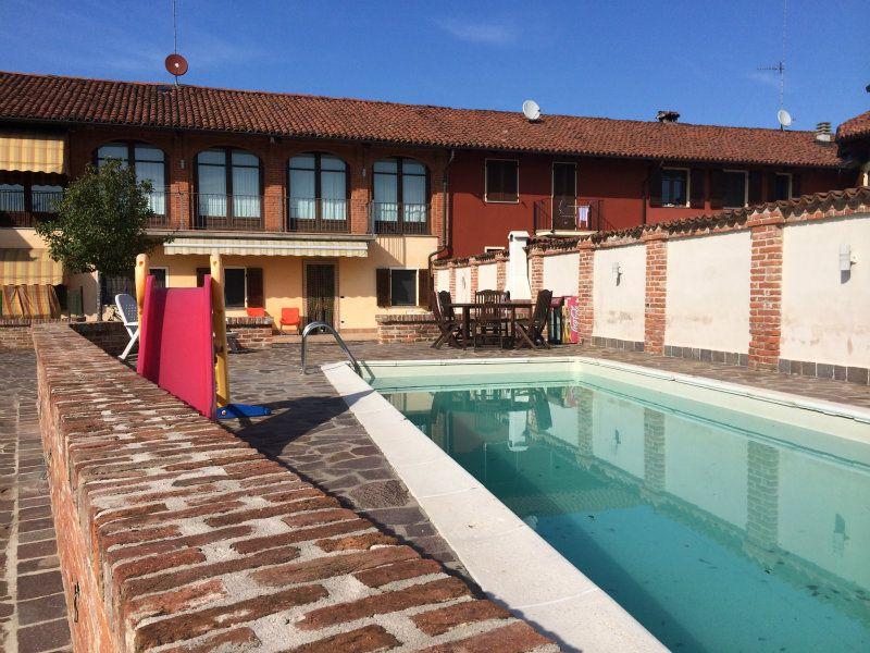 Soluzione Indipendente in vendita a Bra, 5 locali, prezzo € 338.000 | Cambio Casa.it