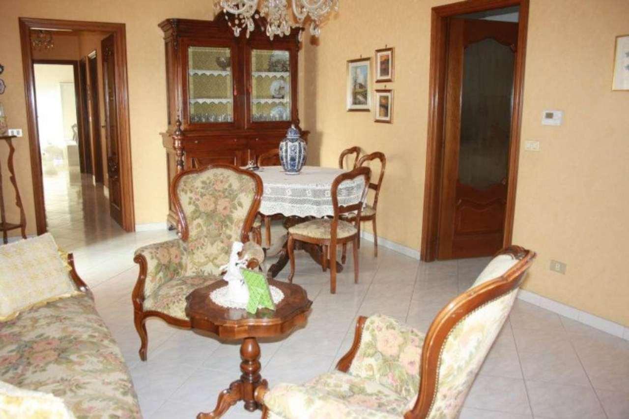 Appartamento in vendita a Bra, 4 locali, prezzo € 145.000 | Cambio Casa.it