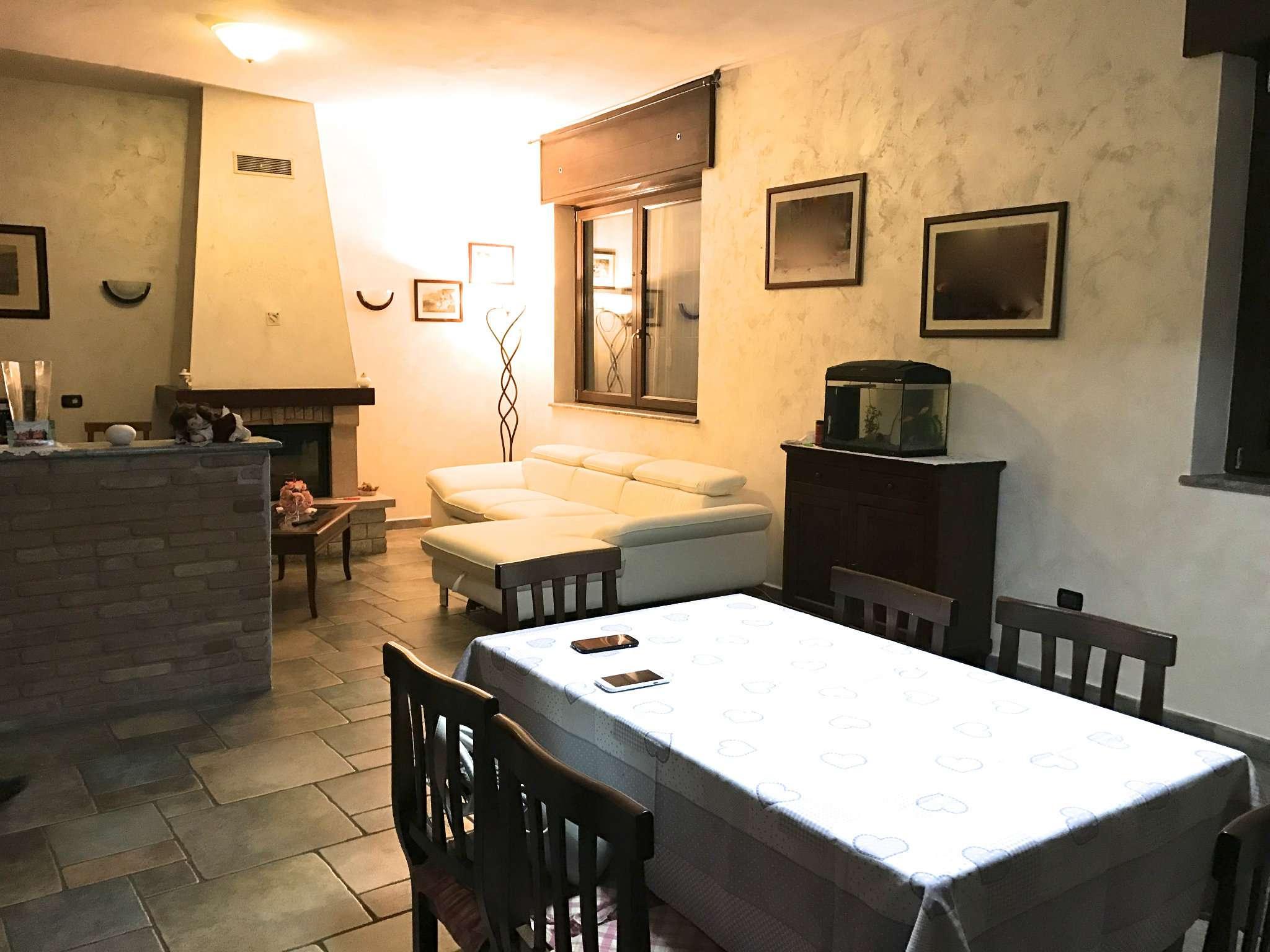 Appartamento in vendita a Bra, 4 locali, prezzo € 186.000 | CambioCasa.it