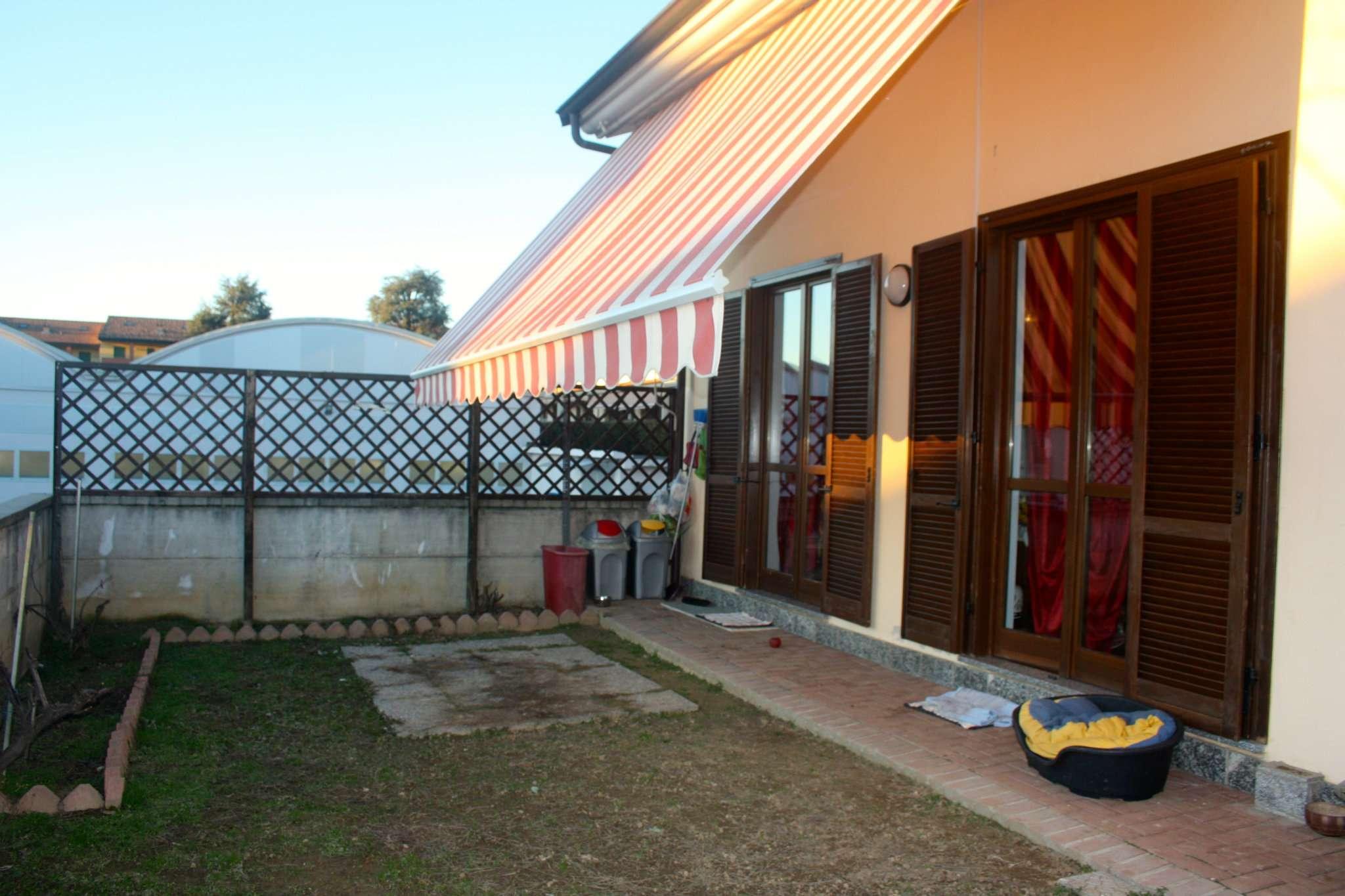 Villa in vendita a Bra, 5 locali, prezzo € 235.000 | Cambio Casa.it