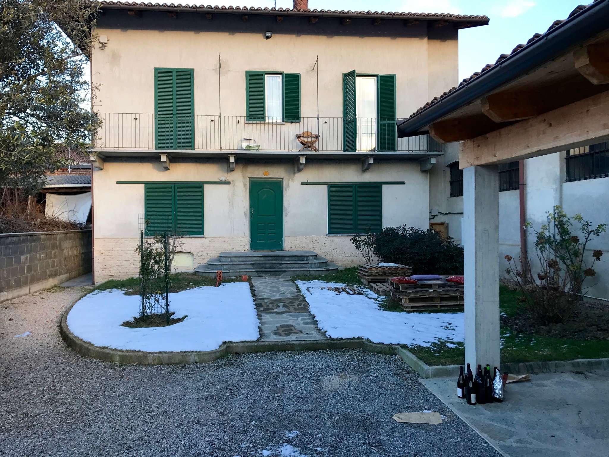 Soluzione Indipendente in affitto a Bra, 1 locali, prezzo € 260 | CambioCasa.it