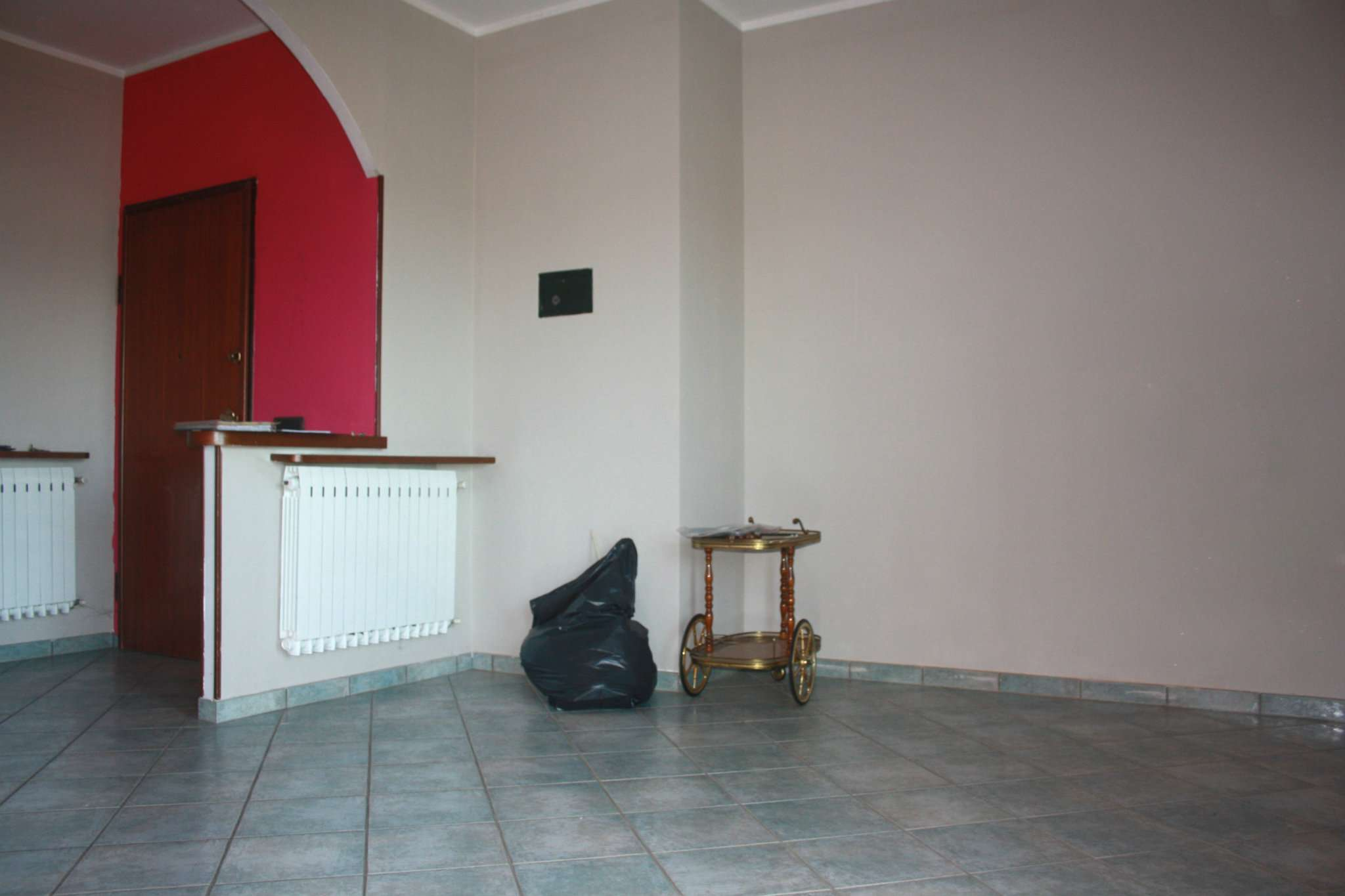 Appartamento in vendita a Bra, 4 locali, prezzo € 100.000 | Cambio Casa.it