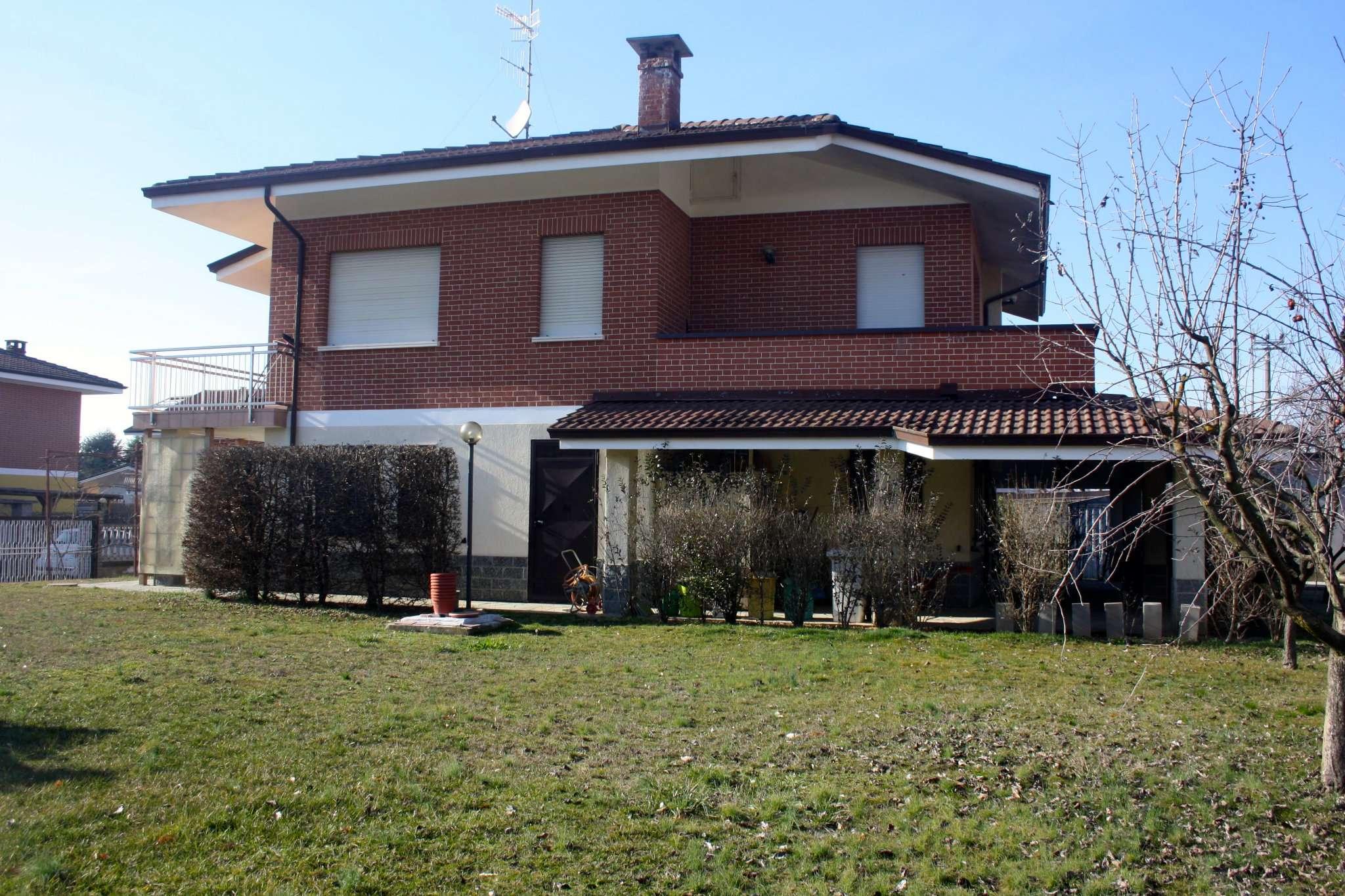 Villa in vendita a Bra, 5 locali, prezzo € 298.000 | CambioCasa.it