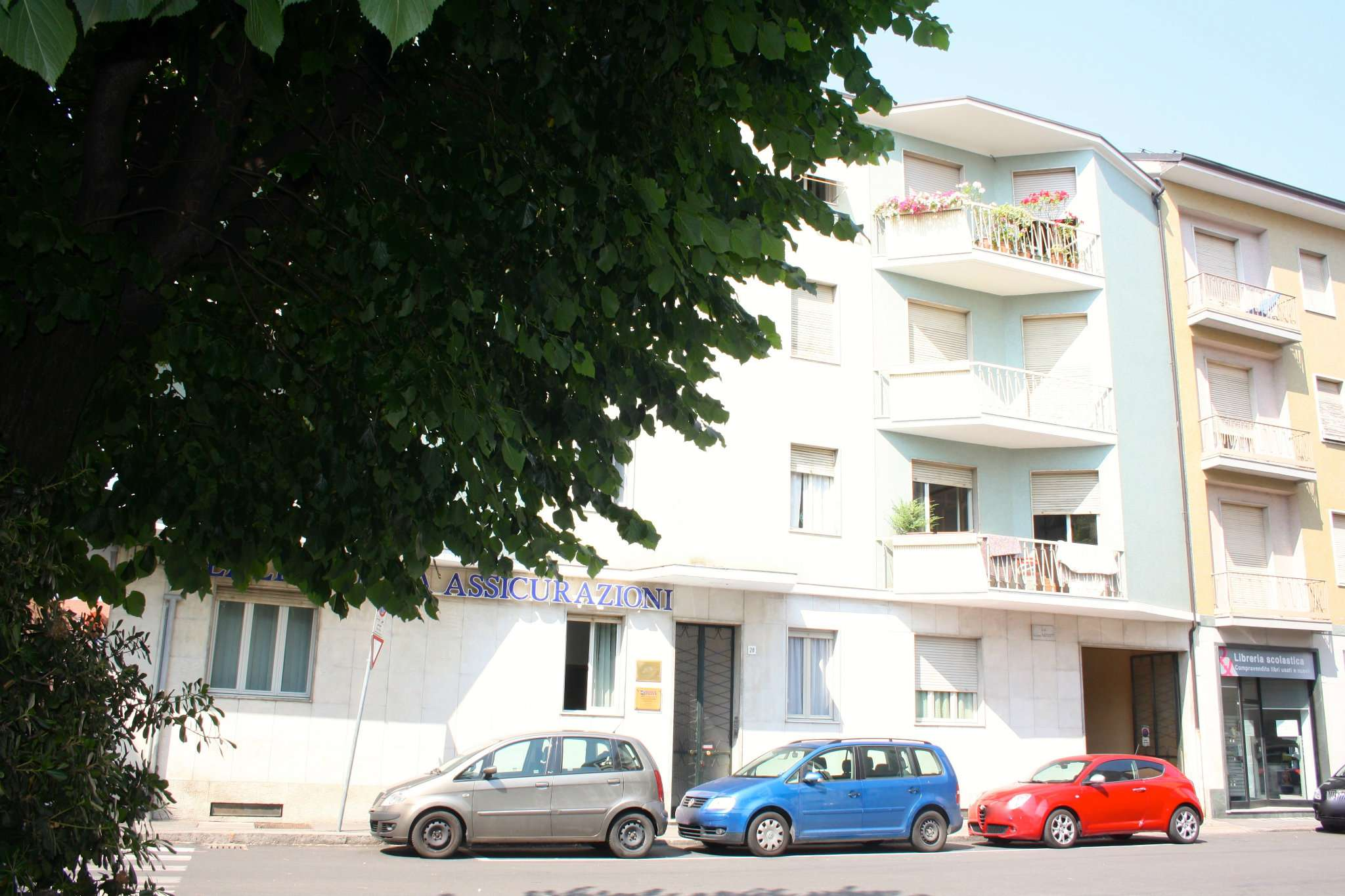 Appartamento in vendita a Bra, 3 locali, prezzo € 115.000   CambioCasa.it