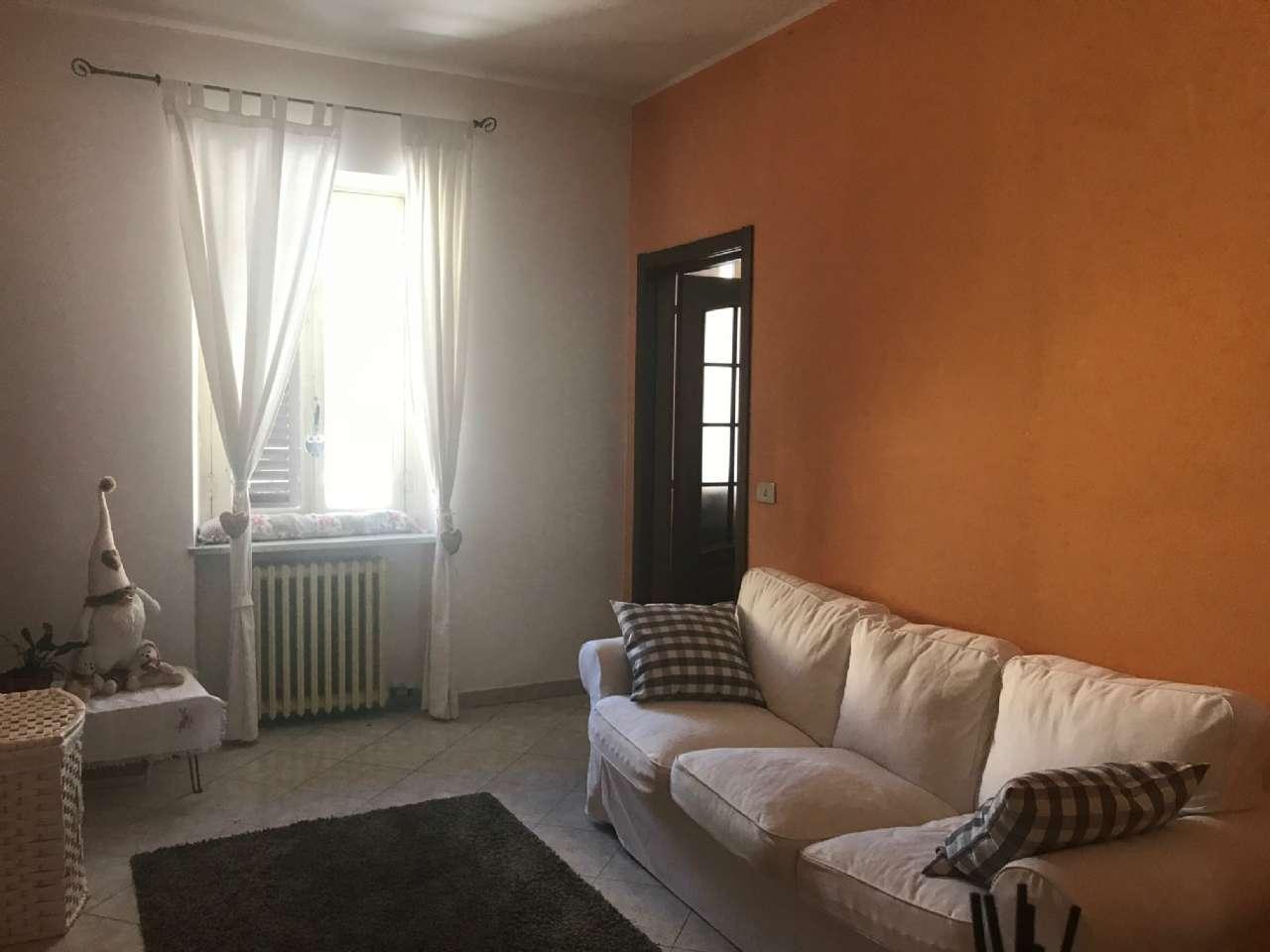 Appartamento in affitto a Bra, 4 locali, prezzo € 450 | CambioCasa.it