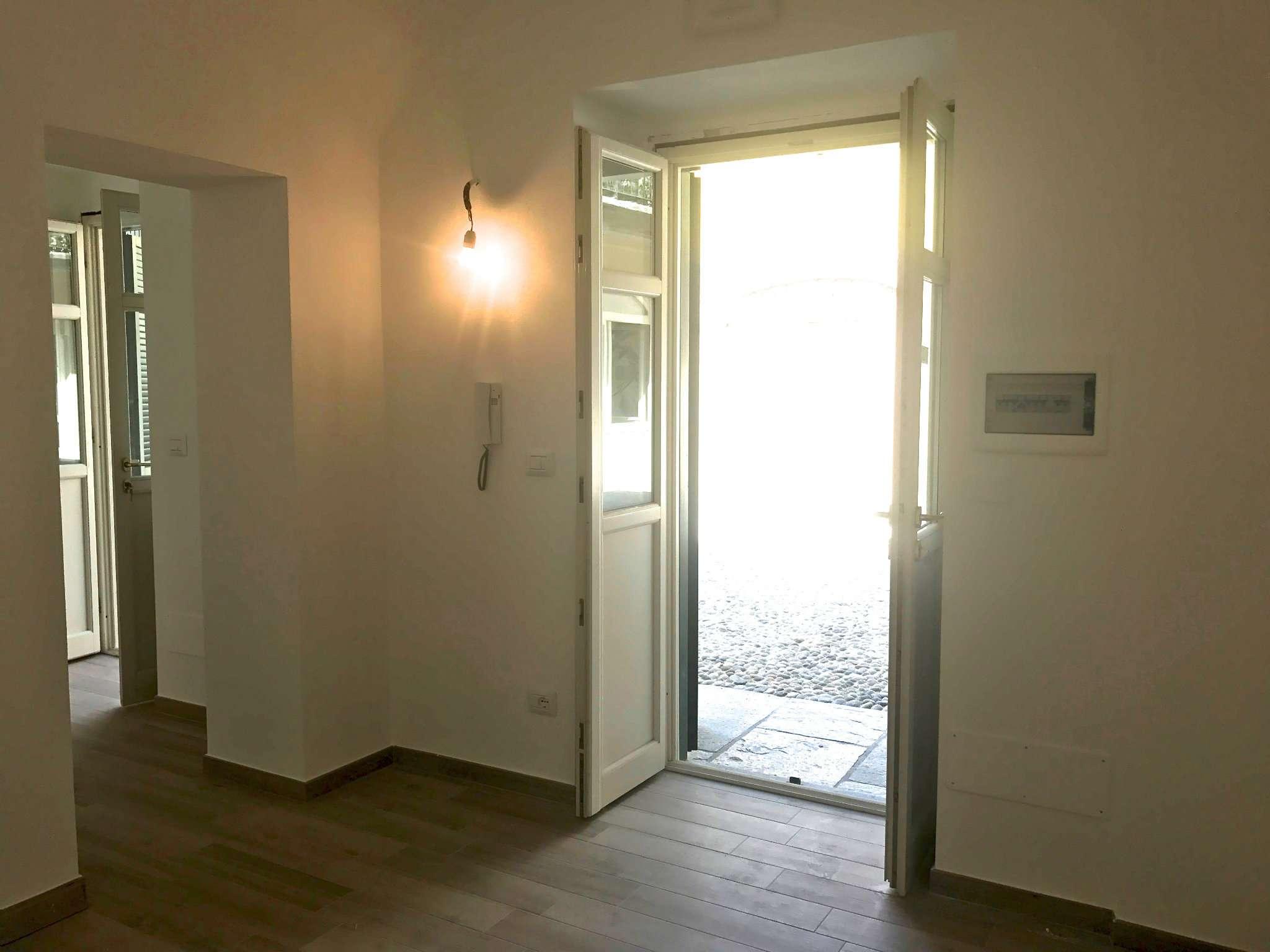 Appartamento in affitto a Bra, 2 locali, prezzo € 350 | CambioCasa.it