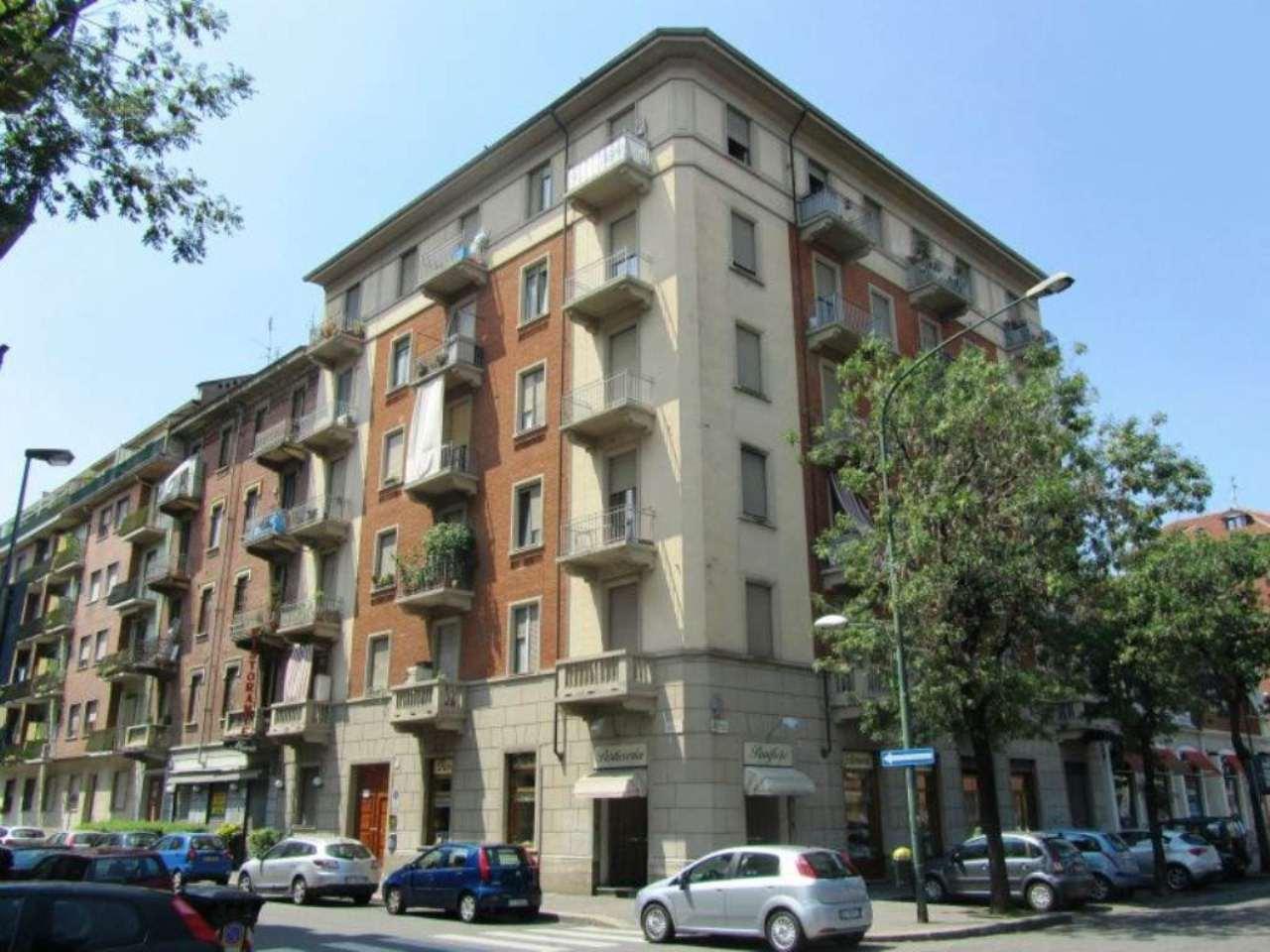 Bilocale Torino Via Ellero 9