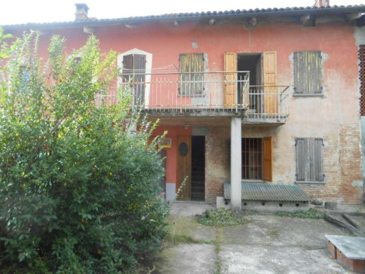 Soluzione Semindipendente in vendita a Camerano Casasco, 5 locali, prezzo € 30.000 | CambioCasa.it