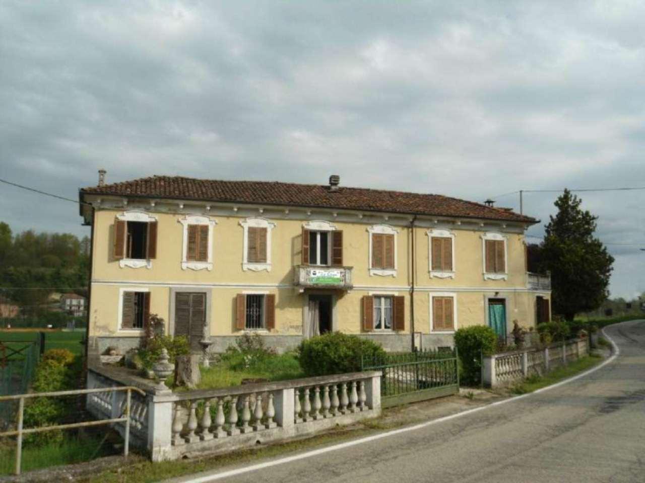 Soluzione Indipendente in vendita a Cortandone, 10 locali, prezzo € 110.000 | Cambio Casa.it