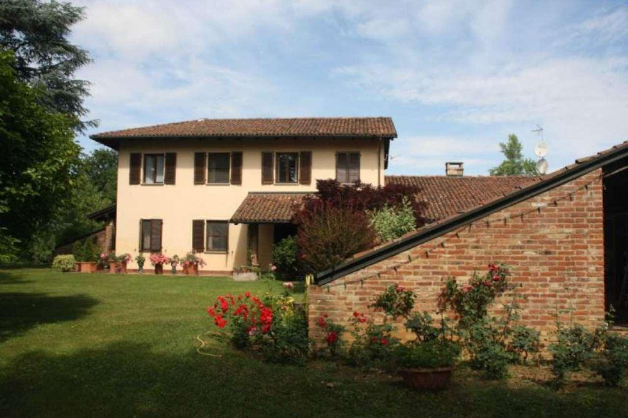 Villa in vendita a Asti, 23 locali, Trattative riservate   Cambio Casa.it