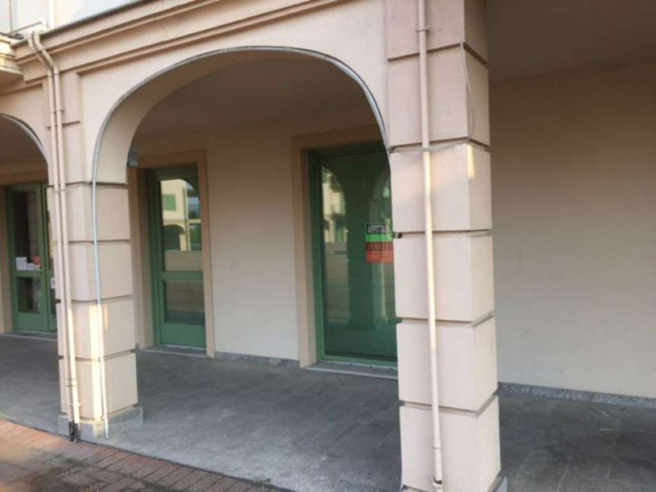 Ufficio / Studio in affitto a Villanova d'Asti, 2 locali, prezzo € 380 | Cambio Casa.it