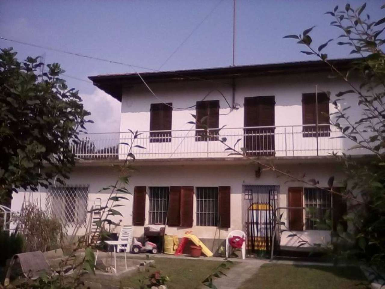 Soluzione Indipendente in vendita a Viale, 11 locali, prezzo € 79.000 | Cambio Casa.it