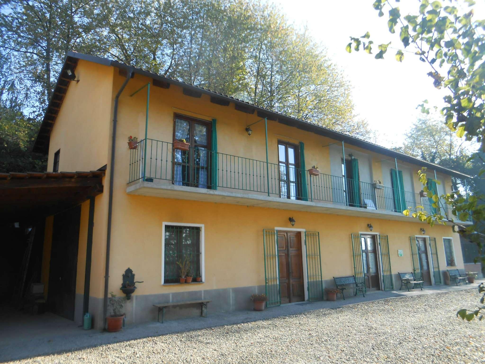 Rustico / Casale in vendita a Soglio, 8 locali, prezzo € 199.000 | Cambio Casa.it