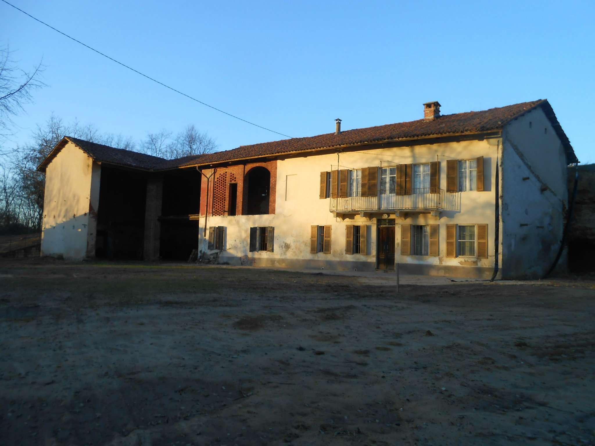 Rustico / Casale in vendita a Montafia, 8 locali, prezzo € 135.000 | Cambio Casa.it