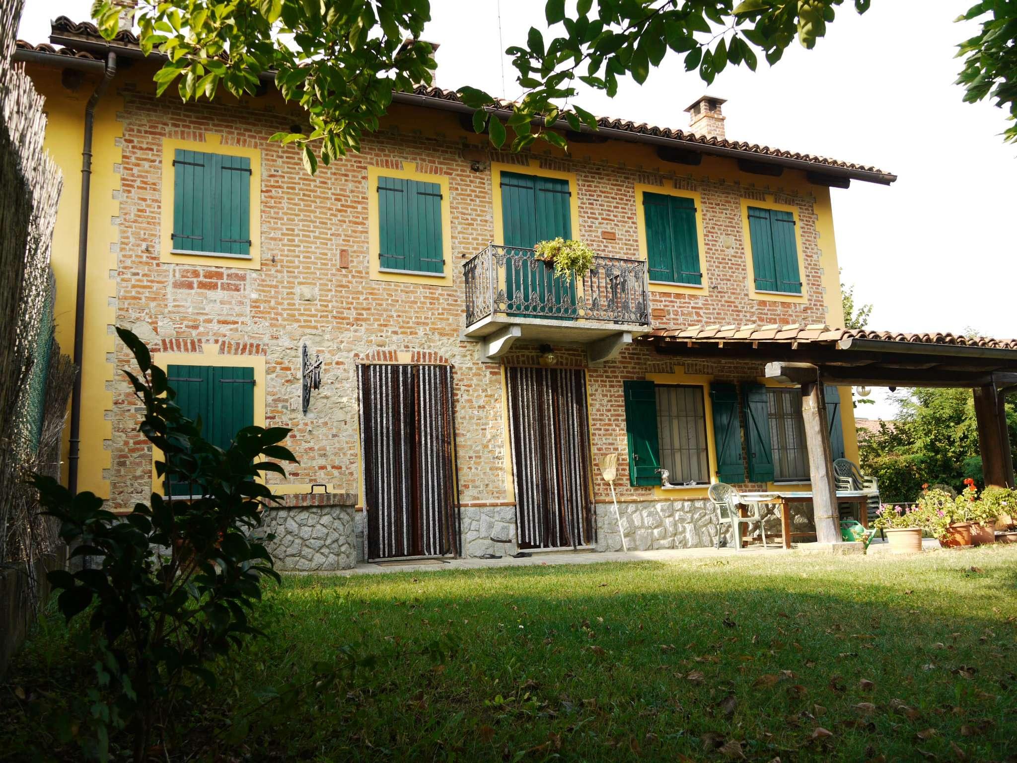 Soluzione Indipendente in vendita a Montafia, 8 locali, prezzo € 199.000 | Cambio Casa.it