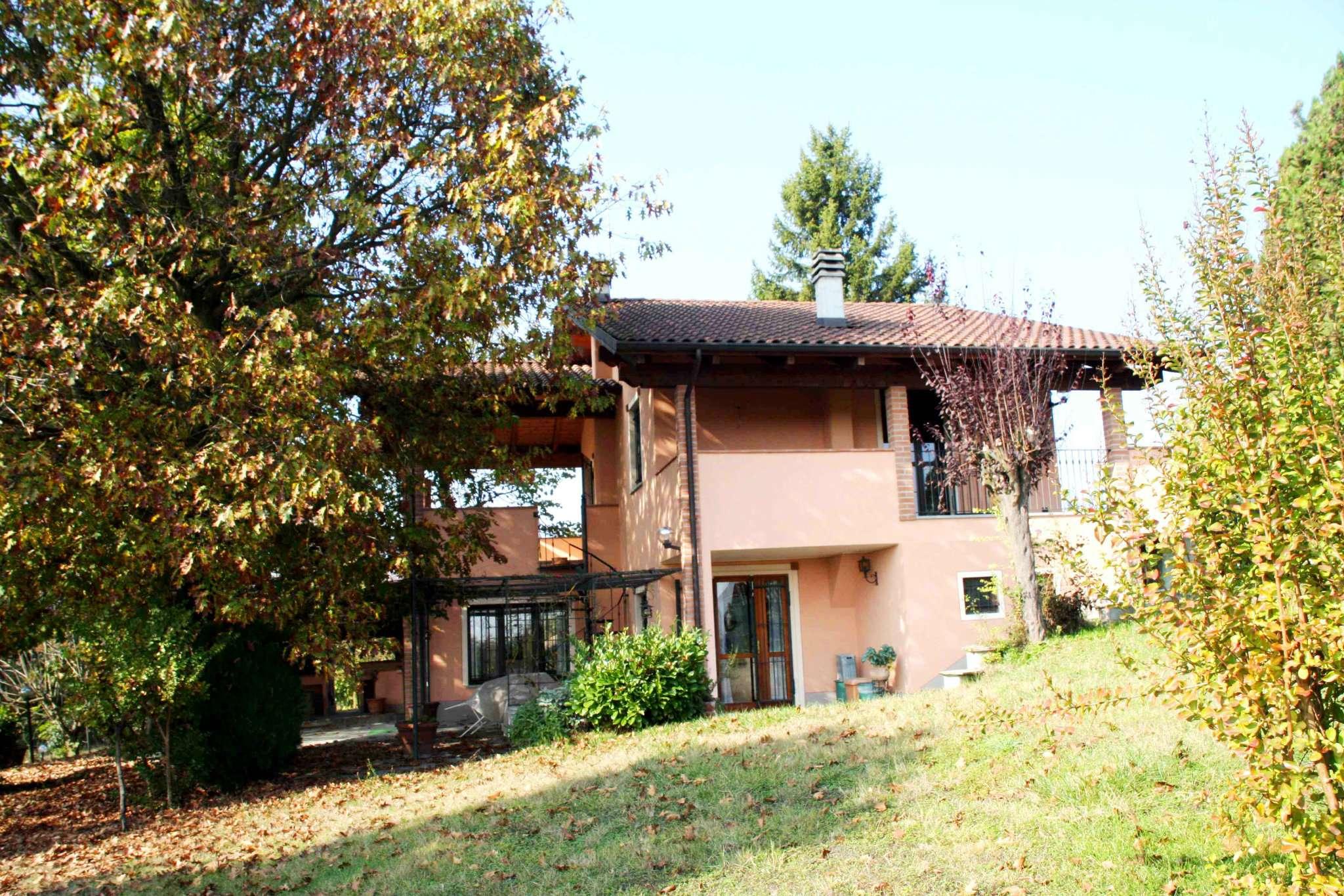 Villa in vendita a Monale, 10 locali, prezzo € 298.000 | Cambio Casa.it