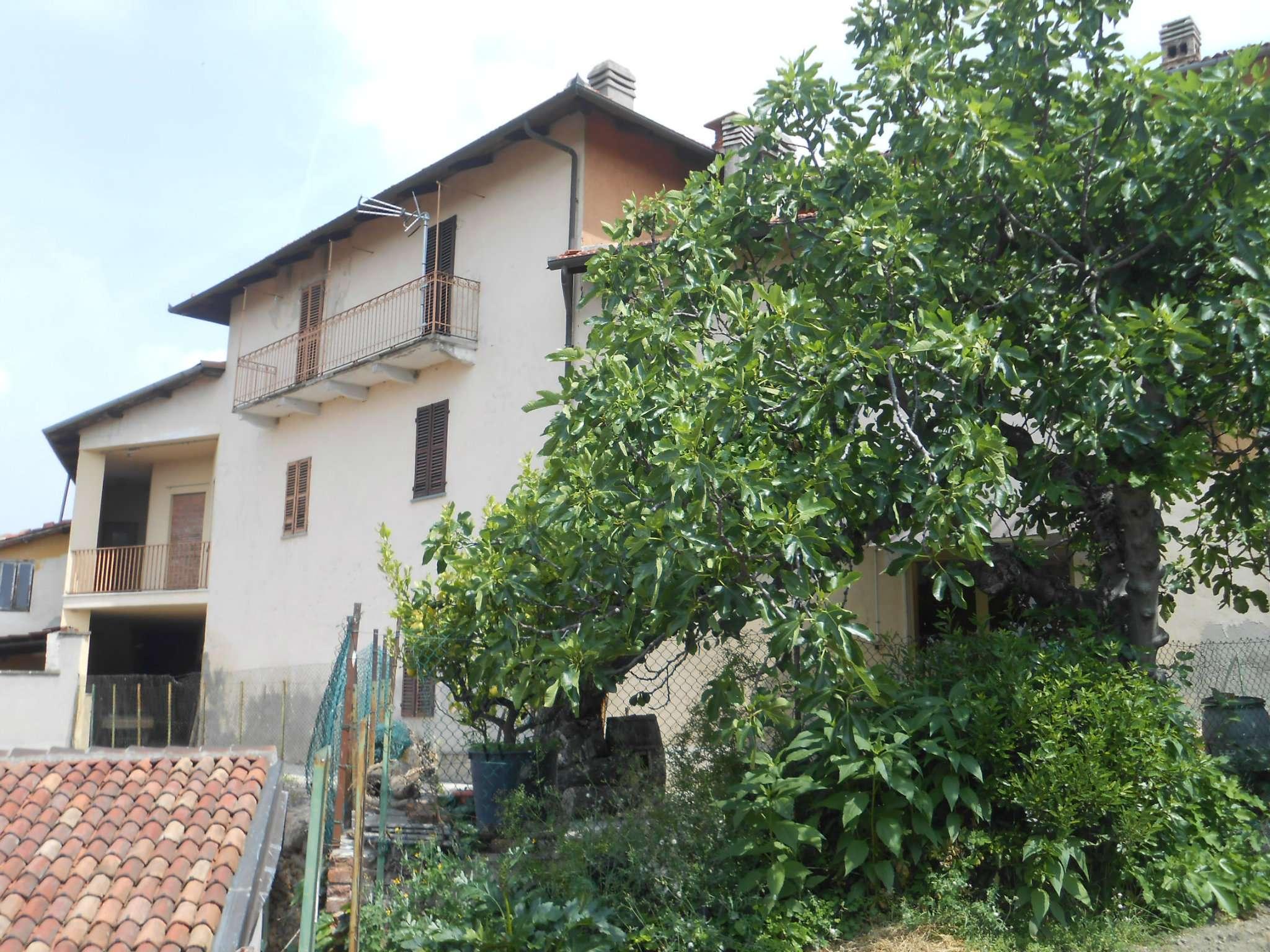 Soluzione Indipendente in vendita a Pino d'Asti, 15 locali, prezzo € 138.000 | CambioCasa.it
