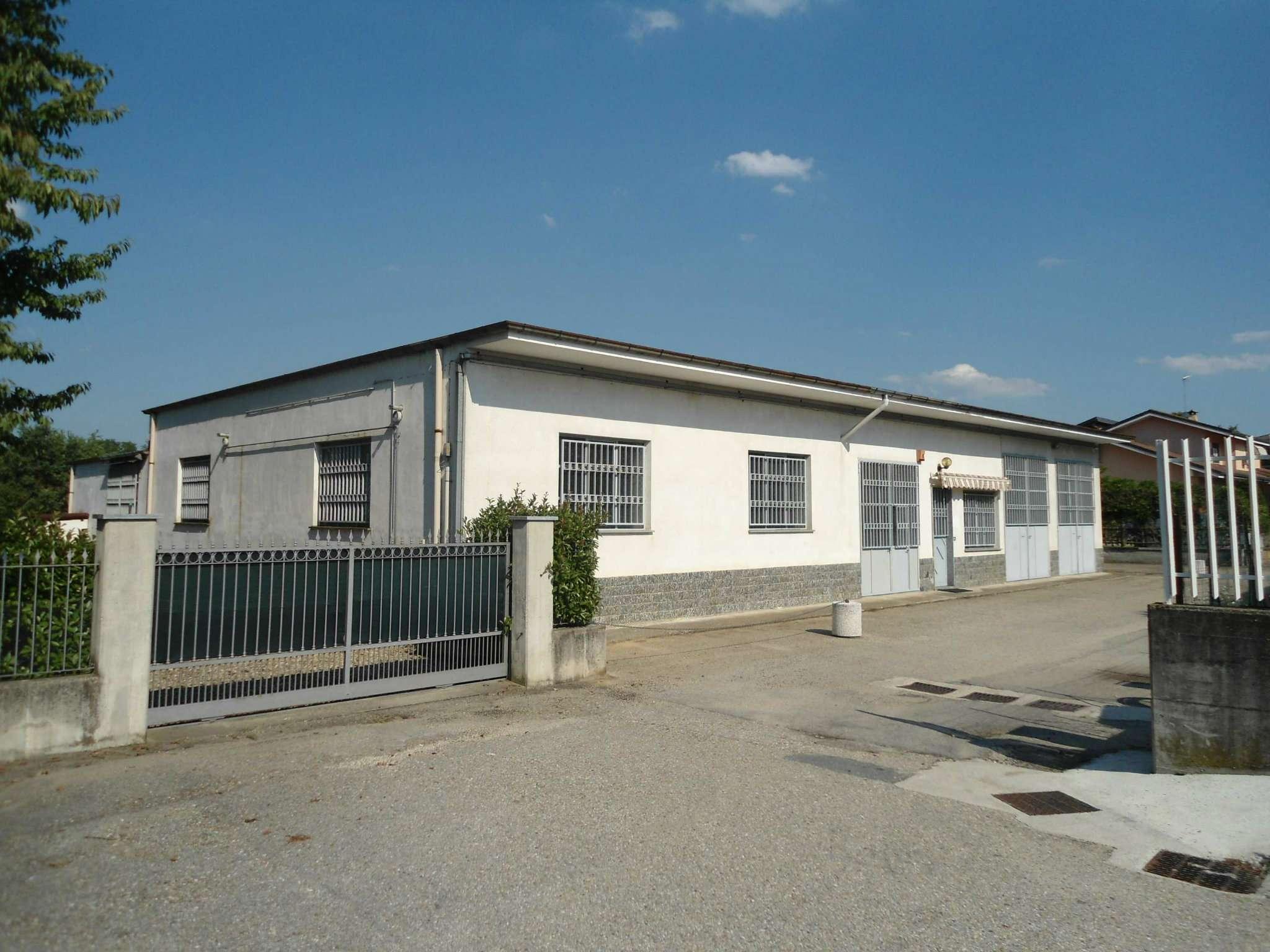 Capannone in affitto a Villafranca d'Asti, 5 locali, prezzo € 1.200 | CambioCasa.it