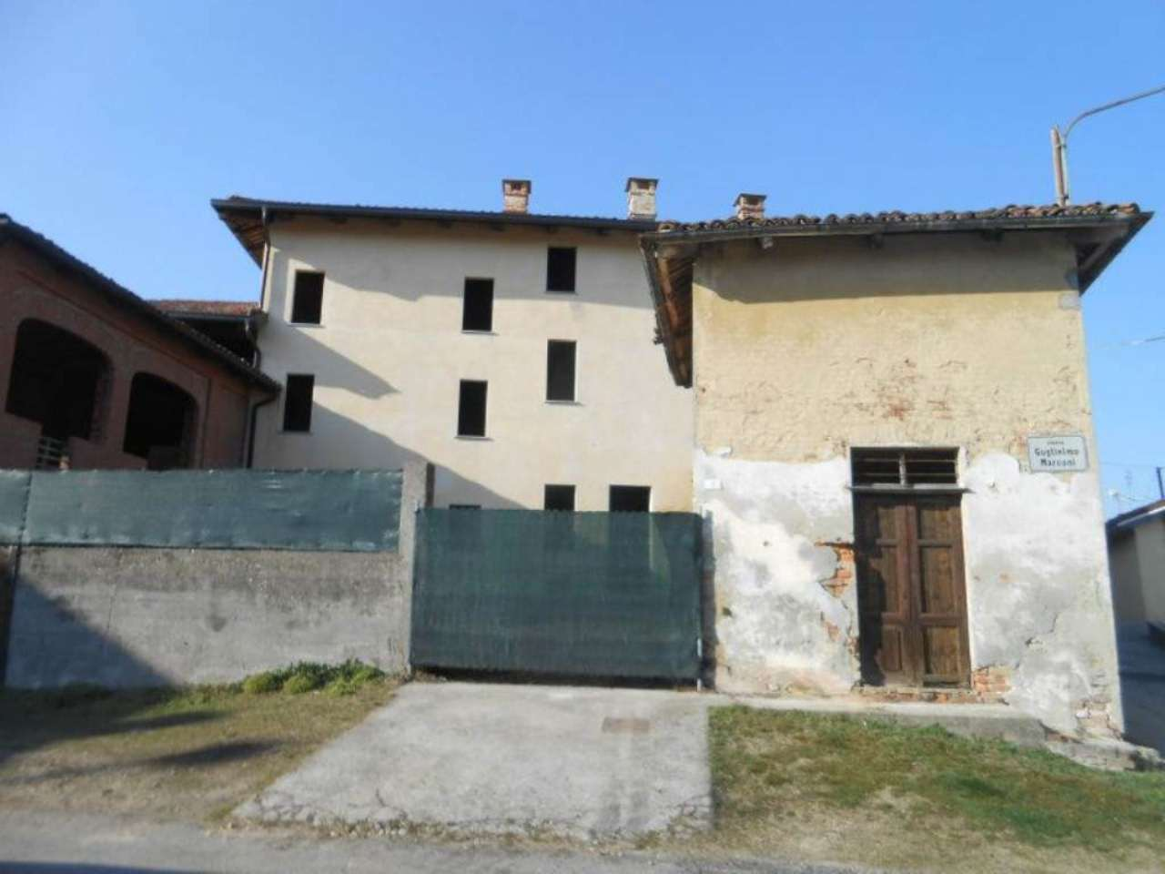 Soluzione Indipendente in vendita a Piovà Massaia, 18 locali, prezzo € 175.000 | CambioCasa.it