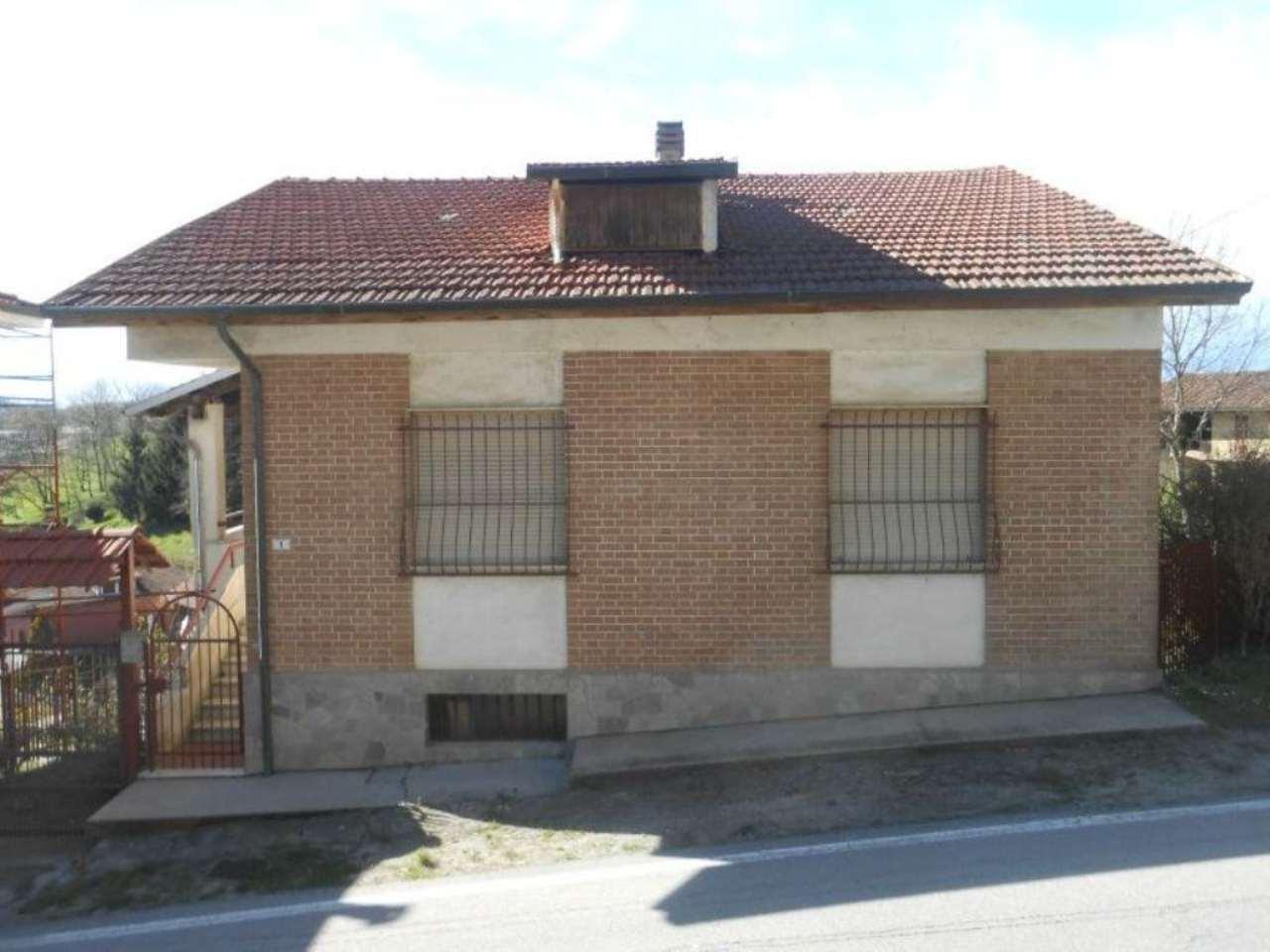 Soluzione Indipendente in vendita a Piea, 12 locali, prezzo € 99.000 | Cambio Casa.it
