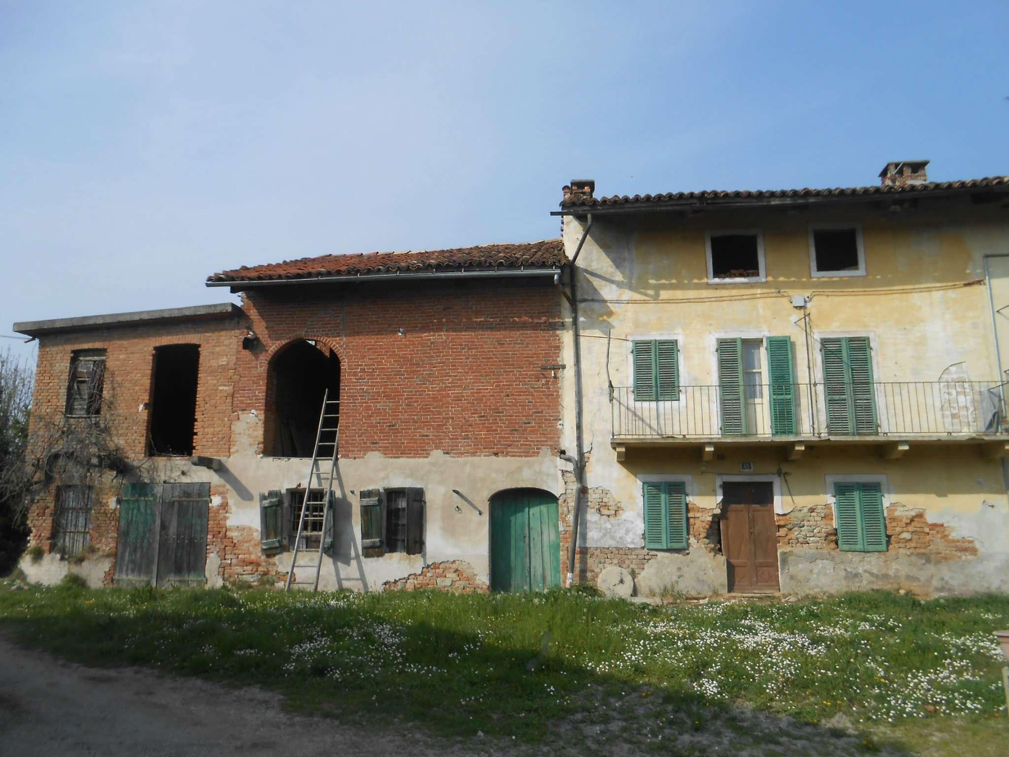 Foto 1 di Casa Colonica frazione Chiaffredo, Arignano