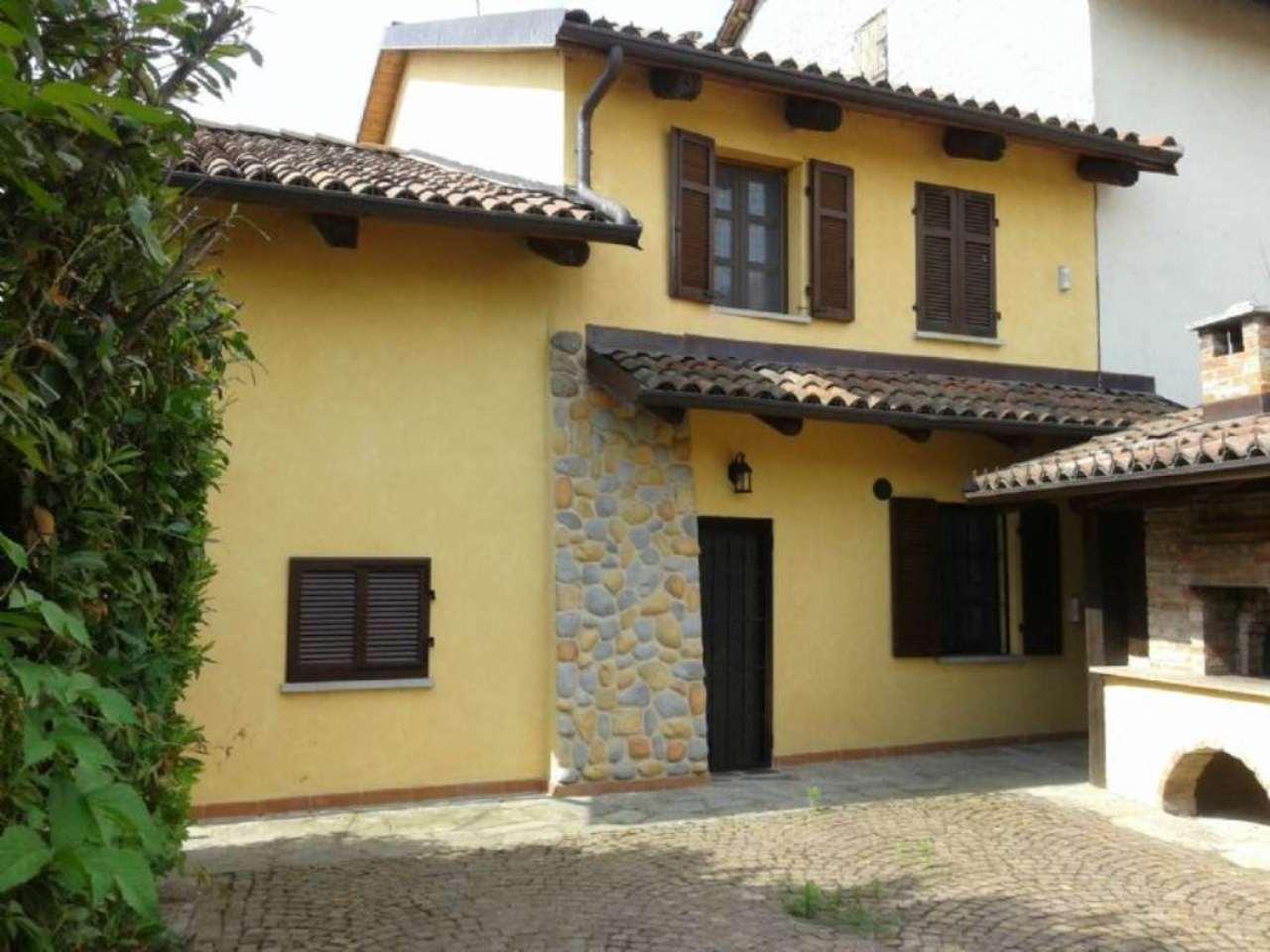 Soluzione Indipendente in vendita a Villanova d'Asti, 10 locali, prezzo € 235.000 | Cambio Casa.it