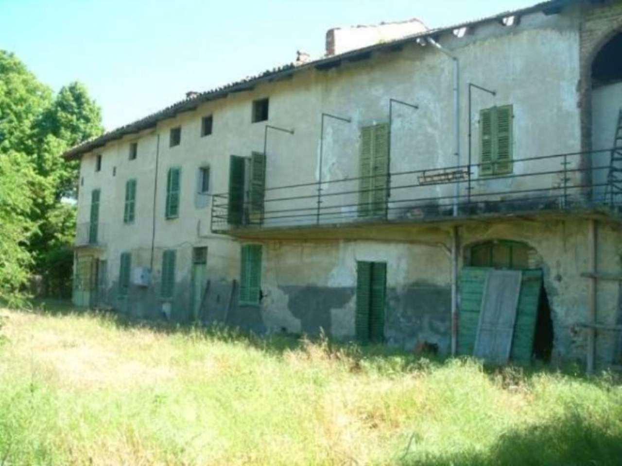 Rustico / Casale in vendita a Montiglio Monferrato, 6 locali, prezzo € 76.000 | Cambio Casa.it