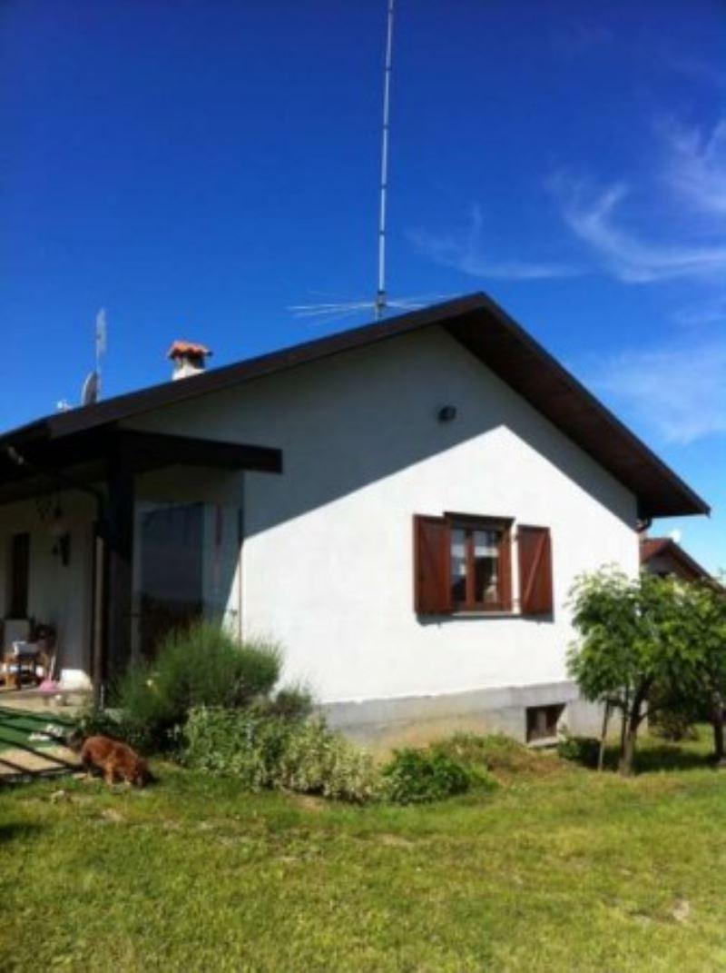 Soluzione Indipendente in vendita a Cellarengo, 6 locali, prezzo € 220.000 | Cambio Casa.it