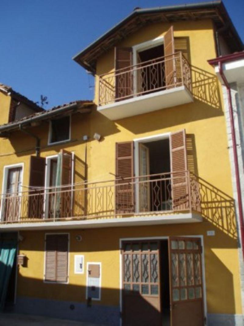 Soluzione Indipendente in vendita a Piovà Massaia, 4 locali, prezzo € 39.000 | CambioCasa.it