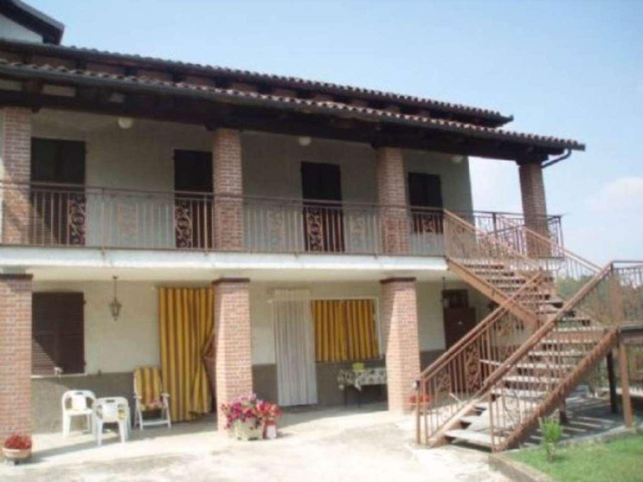 Appartamento in vendita a Montechiaro d'Asti, 4 locali, prezzo € 35.000 | Cambio Casa.it